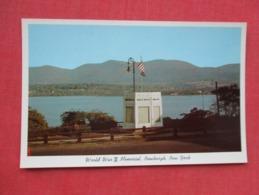 World War II  Memorial  Newburgh   New York    Ref 3627 - Autres