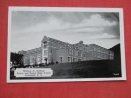 Golding Junior & Senior High School  Cobleskill  New York     Ref 3628 - Autres