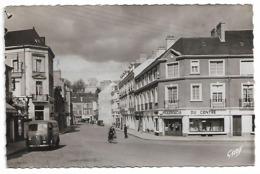 Fourgon PEUGEOT D4 (Nez De Cochon) à SEGRE (49) - (Pharmacie) - Place De La République Et Rue Gambetta - Postcards
