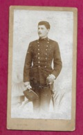 Grande PHOTO Circa 1900 De RAVASZ Imre  à ARADON ( ROUMANIE). MILITAIRE Avec Son Sabre...2 Scans - Guerre, Militaire