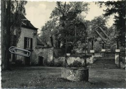 Ottignies : Coin Et Vieux Puits Du Chateau    (  CPSM ) - Ottignies-Louvain-la-Neuve