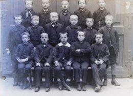 TASSIN (69), 1888 : Institution Saint Joseph, 1ere Communion. Plaque De Verre. Lire Descriptif. - Plaques De Verre