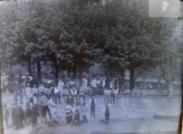 TASSIN (69), Mai 1890 : Institution Saint Joseph, Au Lem (Sem ?). Animation. Plaque De Verre. Négatif. Lire Descriptif. - Plaques De Verre