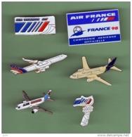 AVIONS *** Lot De 6 Pin's Differents *** 1050 - Avions