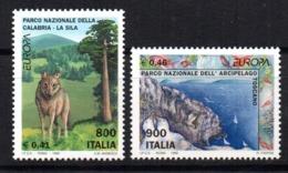 Serie Nº 2353/4 Italia - Sellos
