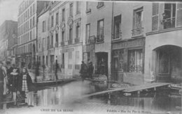 PIE.Z.19-GM-1163 : CRUE DE LA SEINE. RUE DU FER A MOULIN. - Inondations De 1910
