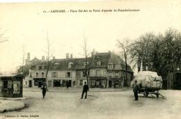 LANGRES  =  Place Bel Air Et Porte D'entrée De Blanche Fontaine    900 - Langres