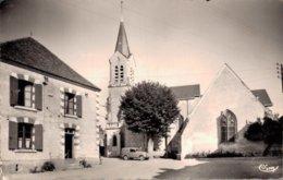 18 THENIOUX L'Eglise Et L'Hôtel Du Centre - Frankreich