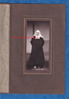 Photo Ancienne - COMPIEGNE - Beau Portrait D'une Soeur / Religieuse - Photographe Hutin - Institution Couvent Fille - Métiers