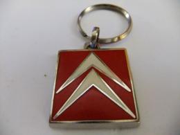 Année 60 1 Porte Clé Métal émaillé Logo Chevrons CITROËN - Porte-clefs