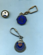 Gendarmerie Lot De 2 Porte-clef Et 1 Pin's - Police & Gendarmerie