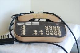 ANCIEN TELEPHONE DESING ALCATEL T16X - Telephony