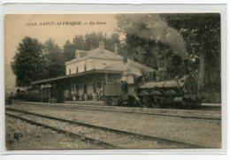 12 ST SAINT AFFRIQUE Carte RARE Locomotive Et TRain  En Gare Des Voyageurs No 2703 VDC -    D12 2019 - Saint Affrique
