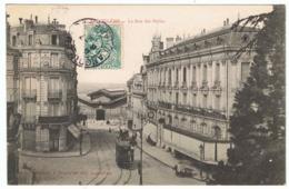 ANGOULEME La Rue Des Halles - Angouleme