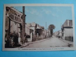 59 - Maubeuge Sous Le Bois - CPSM - Rue Saint Antoine Et Entrée Du Stade - 1947 - Maubeuge