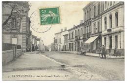 33-SAINT-LOUBES-Sur La Grande Route...1908  Animé - Francia