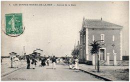 13 LES SAINTES-MARIES-de-la-MER - Avenue De La Gare - Saintes Maries De La Mer