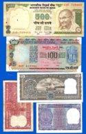 500 Rupée  Sig 88  +  4  Billets - Inde