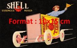 Reproduction D'une Photographieancienne D'une Publicité Shell Essences Huiles De 1920 - Reproductions