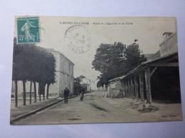 SAINT MICHEL EN L'HERM-Route De L'Aiguillon Et Les Halles - Saint Michel En L'Herm