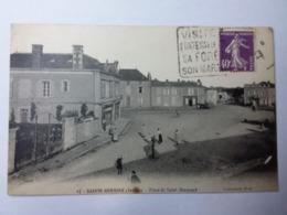 SAINTE HERMINE- Place De Saint Hermand - Sainte Hermine
