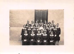 Photographie à AVIGNON Au Bon Pasteur En 1940 - Colo Colonie De Vacances De Jeunes Filles Avec Religieuse - Lieux