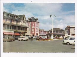 CP 50 COUTAINVILLE Place General De Gaulle Home Familial - France