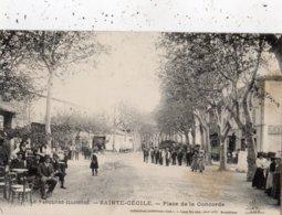 SAINTE-CECILE-LES-VIGNES PLACE DE LA CONCORDE - France
