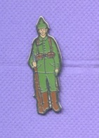 Rare Pins Militaire Soldat J561 - Militaria