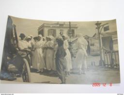 Carte Photo. Grèce - Salonique - L'Equipe D'Infirmières (Mlle Barbé L.) à L'Hôpital Temporaire 2 - 1916 - SUP (AD64) - Croix-Rouge