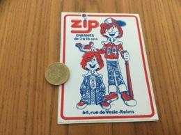 Ancien AUTOCOLLANT, Sticker «Zip - REIMS (51)» (vêtement) - Autocollants