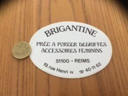 Ancien AUTOCOLLANT, Sticker «BRIGANTINE - REIMS (51)» (vêtements) - Autocollants