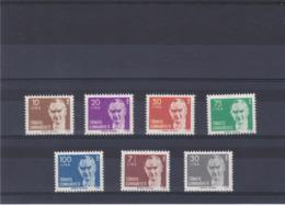 TURQUIE 1980-1981 ATATÜRK Yvert 2302-2306 + 2330-2331 NEUF** MNH Cote : 10,55 Euros - 1921-... Repubblica