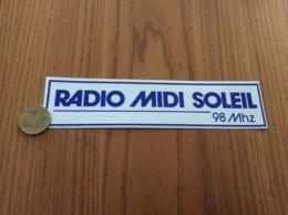 Ancien AUTOCOLLANT, Sticker «RADIO MIDI SOLEIL 98Mhz» - Autocollants
