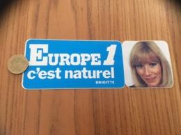 AUTOCOLLANT, Sticker «EUROPE 1 C'est Naturel - BRIGITTE » (radio) - Autocollants