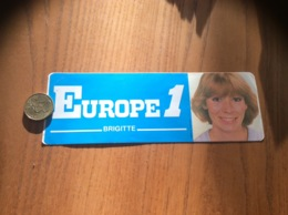 AUTOCOLLANT, Sticker «EUROPE 1 - BRIGITTE » (radio) - Autocollants