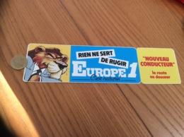 AUTOCOLLANT, Sticker «EUROPE 1 - RIEN NE SERT DE RUGIR » (radio, Lion) - Autocollants