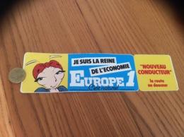 AUTOCOLLANT, Sticker «EUROPE 1 - JE SUIS LA REINE DE L'ECONOMIE» (radio, Fourmi) - Autocollants