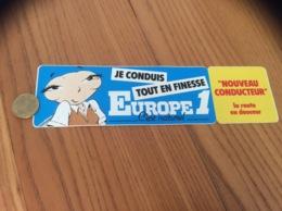 AUTOCOLLANT, Sticker «EUROPE 1 - JE CONDUIS TOUT EN FINESSE» (radio, Guêpe) - Autocollants