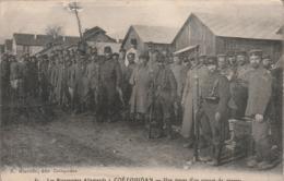 Rare Cpa Les Prisonniers Allemands Coetquidan Un Convoi De Pierre - 1914-18