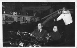 ITALIA ITALY Venise Venice - Couple En Gondole Gondola & Resto Mario Sanzogno - Photo Souvenir PC 1950' - Luoghi