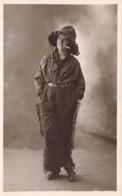 Femme Costume Façon Calamity Jane Cpa Carte Photo Photographie - Femmes