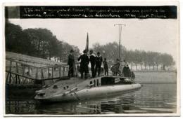PARIS - Le Montgolfier Sous-marin Français Stationné Au Pont De La Concorde... 1918-19 - La Seine Et Ses Bords