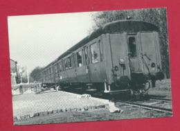 C.P. Sivry = Les  Wagons-labos   En Gare - Sivry-Rance