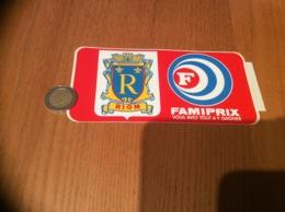 Ancien AUTOCOLLANT, Sticker «FAMIPRIX - RIOM (63)» (blason) - Autocollants