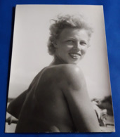 Vintage SEXY PIN-UP GIRL Photo - Hübsche Junge Frau, Jolie Jeune Femme Erotique, Pretty Young Woman [19-1972] - Pin-Ups