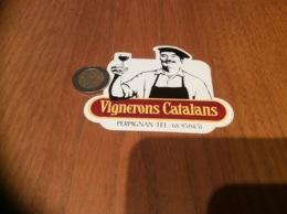 AUTOCOLLANT, Sticker «Vignerons Catalans - PERPIGNAN (66)» (vin) - Autocollants