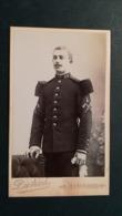 CDV - MILITAIRE  - Photo Ancienne  DIETRICH à  MONTARGIS  -  10.5 X 6.5 Cm. - Guerre, Militaire