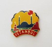Pin's Ville ISTANBUL  - VIL - Steden