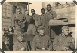 Orig Photo All WW2 : Prisonniers Coloniaux , Tirailleurs Africains . SANNOIS 95 - 1939-45